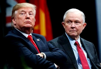 Trump despidió a Jeff Sessions.
